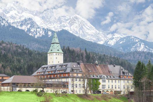 Bavarian hotel Schloss Elmau is official venue of G8 summit