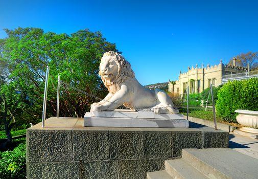 Statue of lion