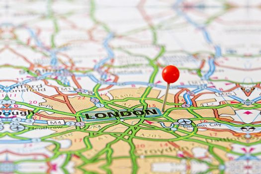 Travel destination London in UK on the map.