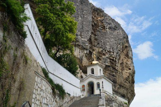 Svyato-uspensky-monastyr