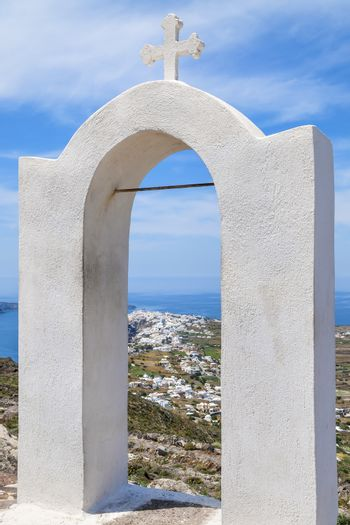 Arch with cross