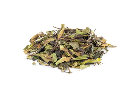 Loose green leaves of white tea bai mu dan