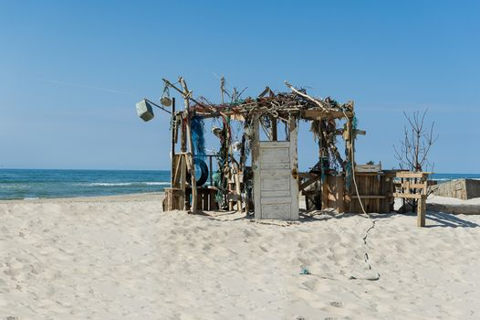 Remnants of a ruined beach or fishing hut