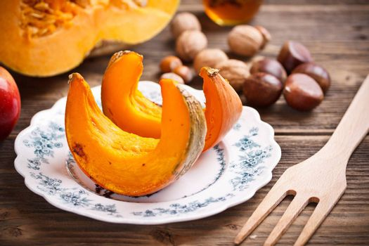 Autumn delicatesse with roasted pumpkin and chestnut