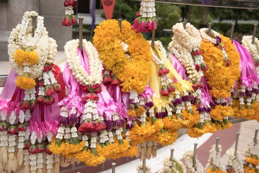 closed up the thai garland for praying