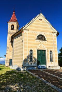 small church in Crecefieschi