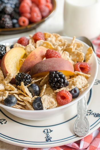 Berry fruits and corn flakes