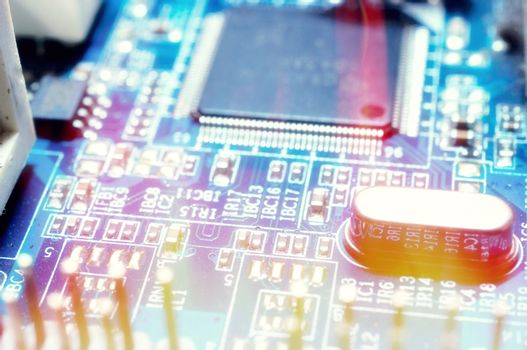 Electrocnic circuit