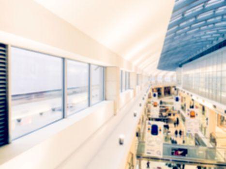 Shopping moll blurred