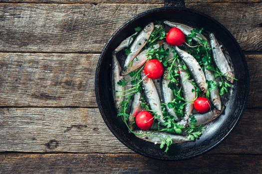 Smelt fish in the pan