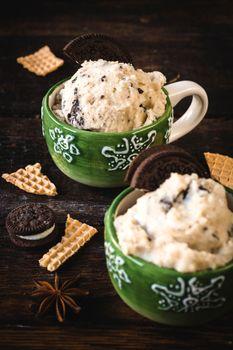 Ice cream with cookies