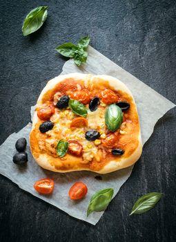 Vegetarian mini pizza