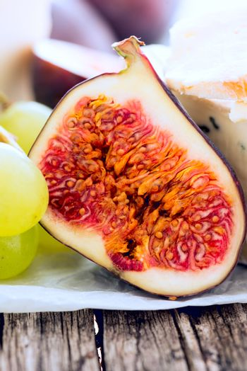Cheese figs grapes