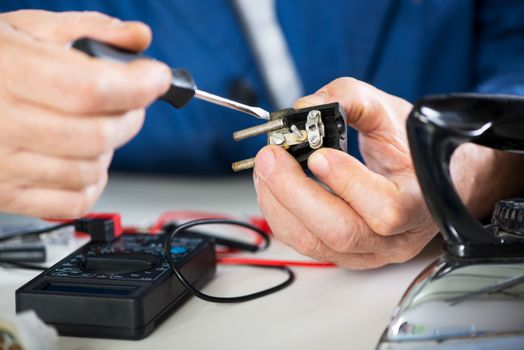 Repairing Old Power Plug