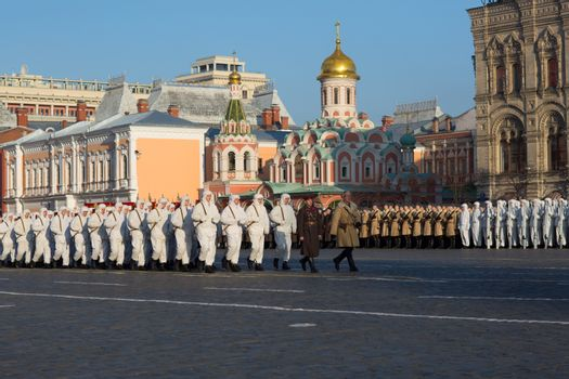 RUSSIA - MOSCOW - PARADE