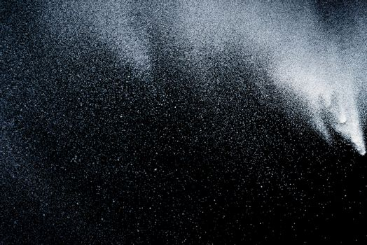 Freeze motion of dust
