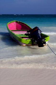 tropical lagoon boat navigable