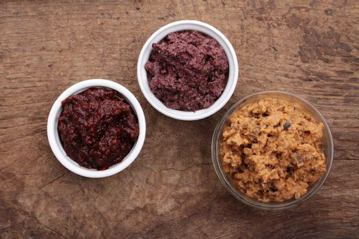 dips and tepenade