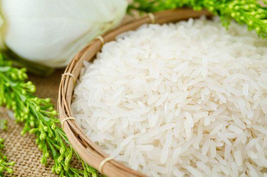 raw rice jasmine
