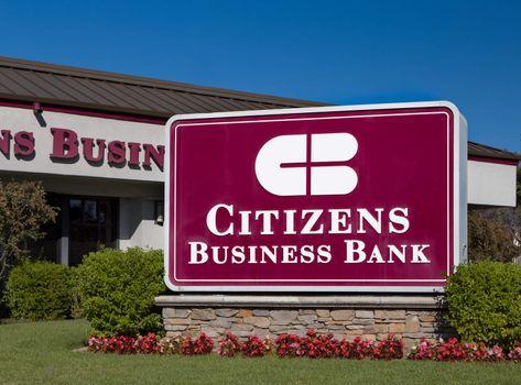 LOS ANGELES, CA/USA - NOVEMBER 22, 2015: Citizens Business Bank exterior, logo, and sign.