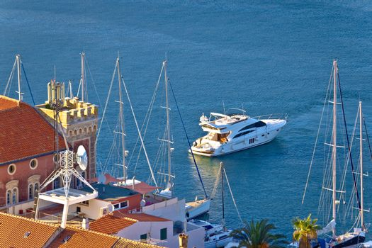 Town of Vis yachting destination