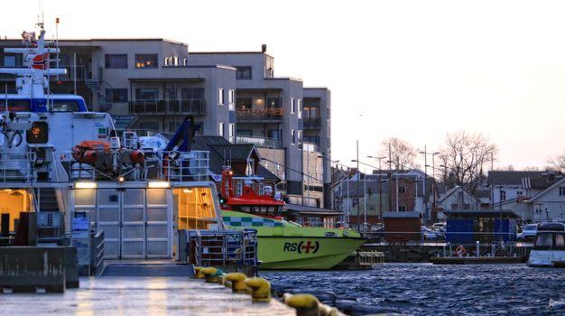 Ambulasebåten ved kai i Brønnøysund