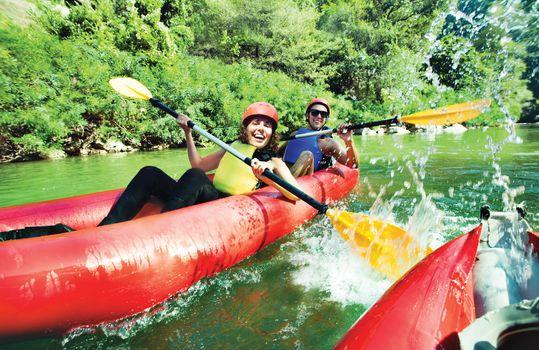 fun splashing canoe river