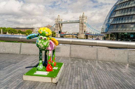 LONDON - MAY 29: Aardman's Shaun the Sheep character on display near Tower Bridge, London, May 29, 2015.