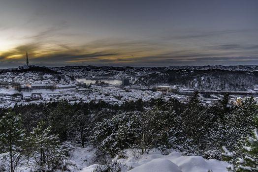 Utsikt fra Årstatoppen mot Egersund.