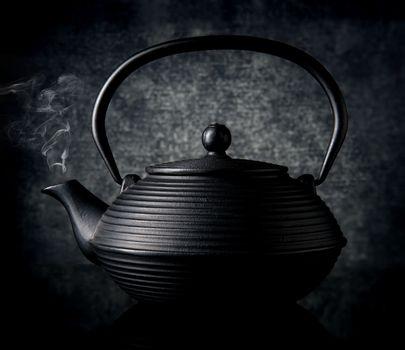 teapot kettle black tea chinese japanese