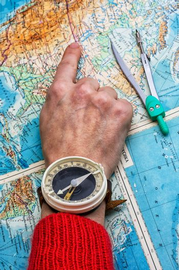 hand to indicate the route