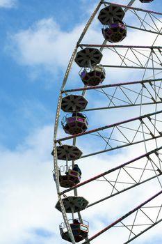 Ride Ferris Wheel