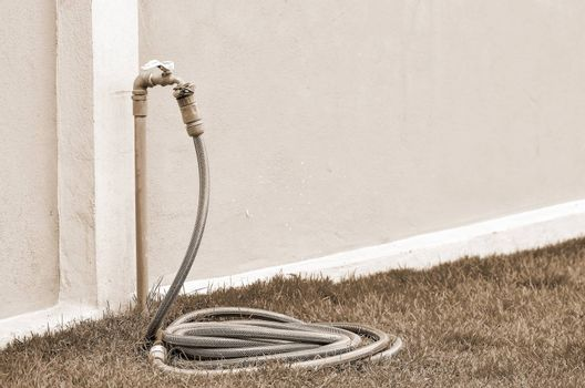 Reel of hose pipe and spraying head