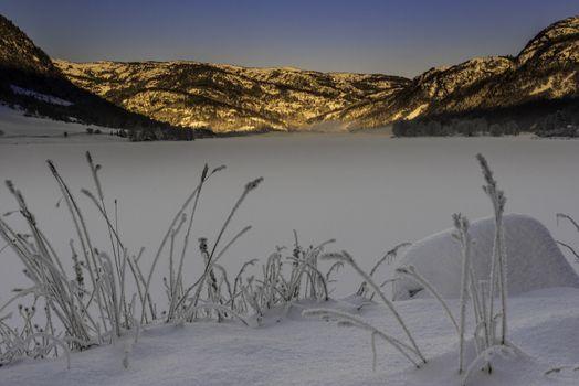 En fin og kald vinterdag ved Hovsvatnet i Lund/Rogaland.