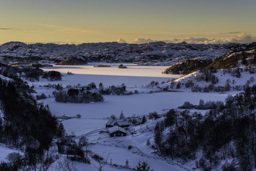 Utsikt utover Eia og Eiavatnet i Rogaland en flott vinterdag.