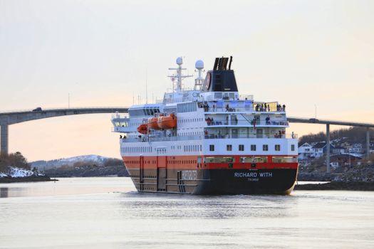 M.s Richard With avgang Brønnøysund