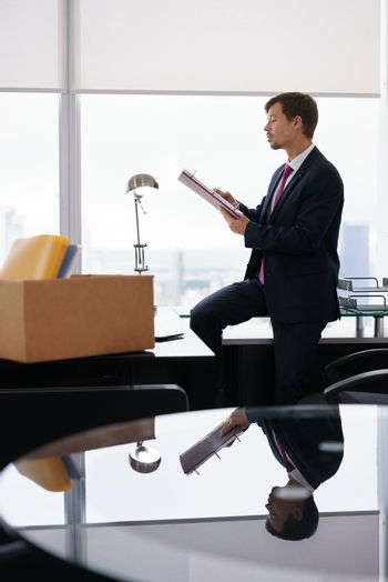 Just Hired Corporate Business Man Moves To New Office
