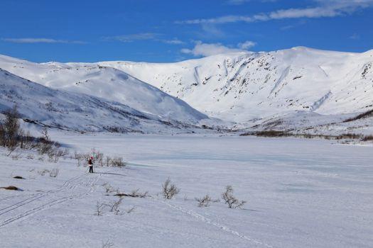 Skitur på Tosenfjellet  i Brønnøy -  påsken 2016