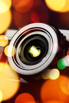 Compact camera lens with bokeh light