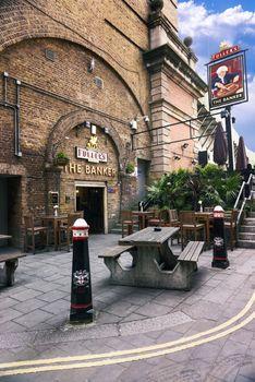 Famous pub restaurant London