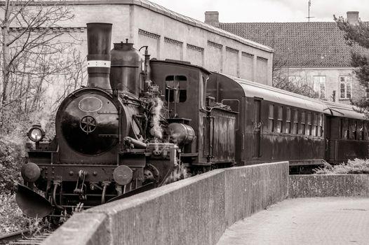 Veteran train in a curve