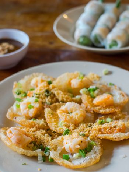 Vietnamese food, Banh Khot with shrimps