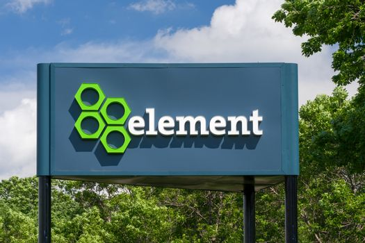 EDEN PRAIRIE, MN/USA - MAY 29, 2016: Element Fleet Management headquarters and sign.Element Management provides fleet management and maintenance services to companies.