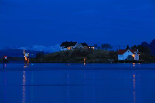Skumring i Brønnøysundet