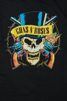 Guns n'  Roses merchandise t-shirt illustration