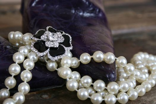 Leather boots with pearls and flower jewel