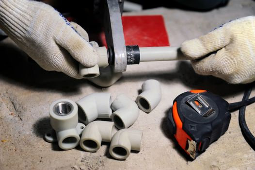 Installation of plastic pipes welder machine