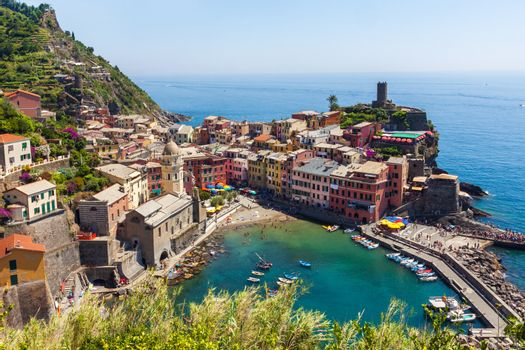 Panoramic view of old colorful village of Vernazza in Cinque Terre, Italy