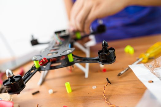 Connecting the component on flying drone at home