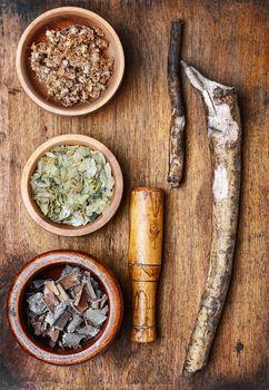 Medicinal plants and roots